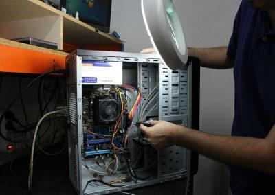 Servicio de reparación de ordenadores